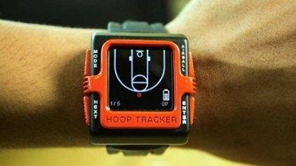 Ένα ρολόι καταγράφει την πρόοδο του παίκτη