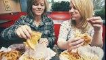 Όταν τρώμε γρήγορα παχαίνουμε πιο εύκολα