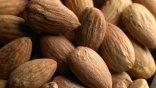 Αμύγδαλα: To ιδανικό σνακ που κρατά την καρδιά υγιή!