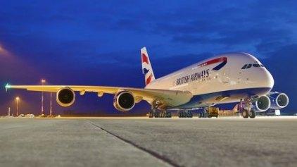 Απευθείας αεροπορική σύνδεση Λονδίνου με Μύκονο και Σαντορίνη
