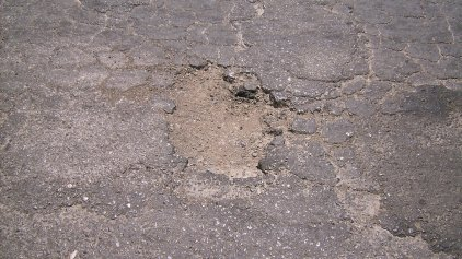 Το χάλι των δρόμων στην αγία Πελαγία