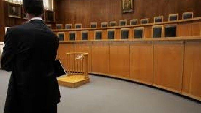Παρατείνεται η αποχή των δικηγόρων
