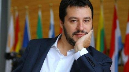 Ιταλία: Παραίτηση Ρέντσι και έξοδο από το ευρώ ζητεί η Λέγκα του Βορρά