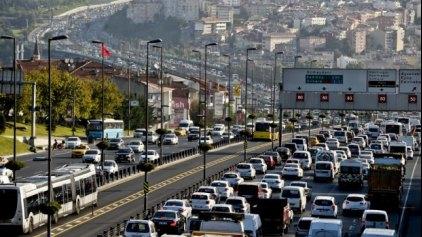 """""""Κολλημένοι"""" στην κίνηση - Οι πόλεις με το χειρότερο κυκλοφοριακό πρόβλημα!"""
