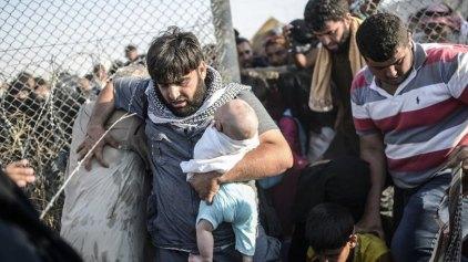 Η Τουρκία άνοιξε συνοριακό πέρασμα για τους πρόσφυγες από τη Συρία