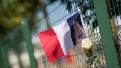 Γαλλία: Σφραγίδα της ISIS στον αποκεφαλισμό και την επίθεση στο εργοστάσιο