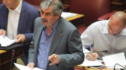 """""""Έβγαλαν μαχαίρια"""" Πετράκος - Φίλης στον ΣΥΡΙΖΑ"""