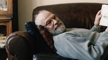 Έφυγε από τη ζωή ο μεγάλος νευρολόγος Όλιβερ Σακς