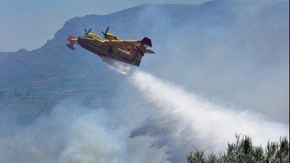 Φωτιά στον Άγιο Νικόλαο Φωκίδας - Δύο τραυματίες σε πυρκαγιά στην Πάτρα