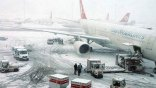 Από σφοδρές χιονοπτώσεις πλήττεται η Κωνσταντινούπολη -Εκατοντάδες πτήσεις ματαιώθηκαν