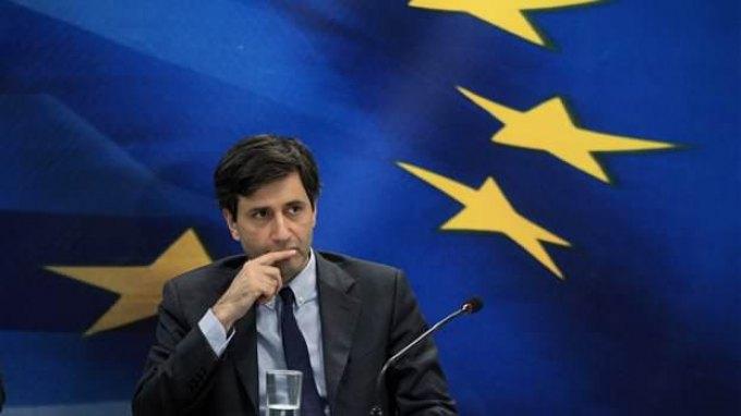 Χουλιαράκης: Στόχος να αυξηθούν τα έσοδα, ώστε να μην εφαρμοστούν τα μέτρα