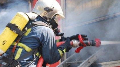 Αναστάτωση από φωτιά σε γραφείο ενοικιάσεως αυτοκινήτων