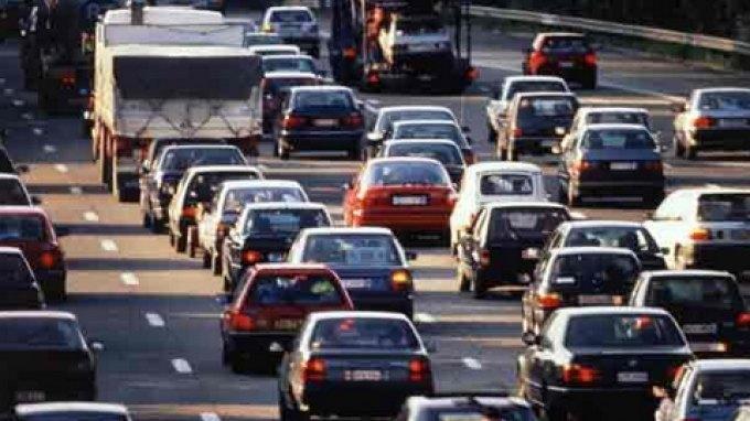 Διπλή φορο-καταιγίδα στα αυτοκίνητα