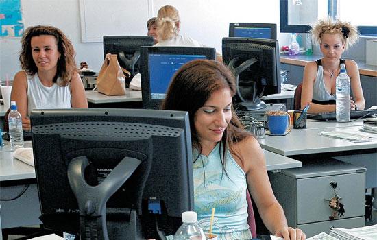 """""""Έρχονται"""" οι 32.433 θέσεις κοινωφελούς εργασίας σε ΟΤΑ."""