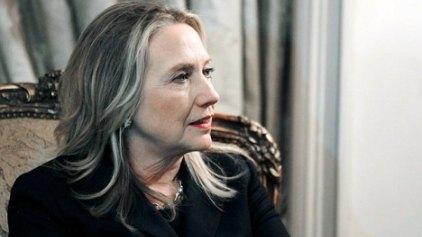 Παραμένει στο νοσοκομείο η Χίλαρι Κλίντον