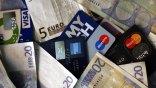 «Κούρεμα» για χρέη σε κάρτες και δάνεια