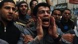 Αντικυβερνητικοί διαδηλωτές συγκεντρώνονται στην πλατεία Ταχρίρ