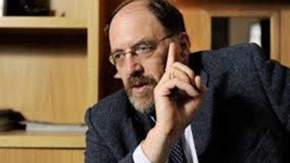 Γκάλμπρεϊθ: Αλλάξτε ρότα, διαγράψτε το χρέος της Ελλάδας
