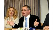 Πασπάτης- Λυγερός: διαφωνίες μέσω...Facebook για τους γιατρούς