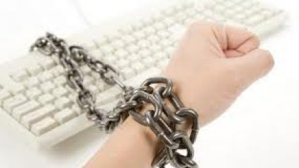 Καταστρέφει τον εγκέφαλο ο εθισμός στο διαδίκτυο