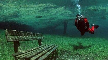 Πράσινη λίμνη για… έξι μήνες το χρόνο!