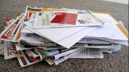 Σκουπίδια τα διαφημιστικά φυλλάδια