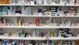 Από φαρμακείο σε φαρμακείο ... ψάχνουν αντιβιοτικά φάρμακα!