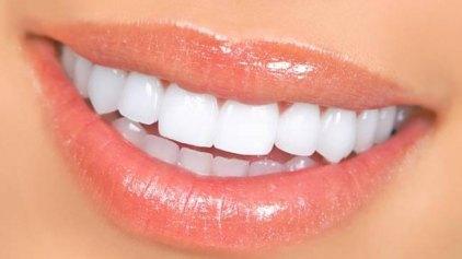 Εμφυτεύματα με διαμάντια για παθήσεις των δοντιών