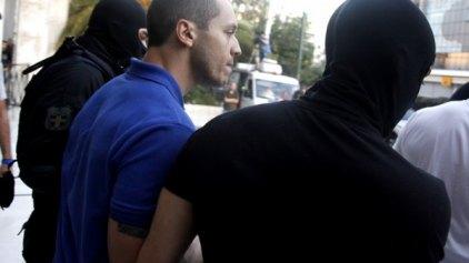 Αρχίζουν οι απολογίες των συλληφθέντων της Χρυσής Αυγής