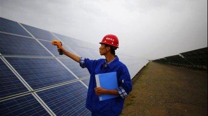 Εκπτώσεις φόρων στους κατασκευαστές ηλιακών προϊόντων