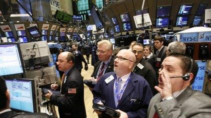 Κλονίζουν τα διεθνή χρηματιστήρια οι εξελίξεις σε ΗΠΑ και Ιταλία