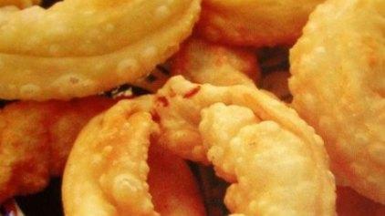 Σαρικόπιτες με μέλι