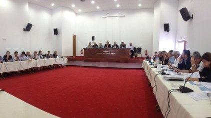 """Οι υποψηφιότητες και ο γρίφος στα """"πηγαδάκια"""" του Συμβουλίου"""