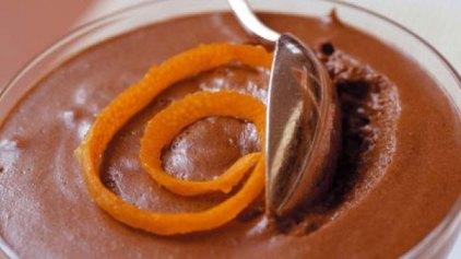 Μους σοκολάτα με ξύσμα πορτοκάλι