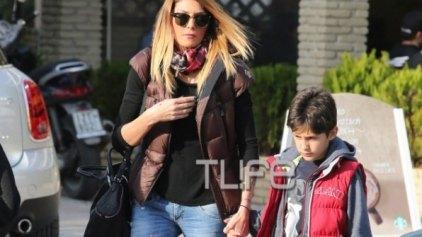 Α. Ηλιάδη: Οι βόλτες με τον γιο της στην παιδική χαρά!
