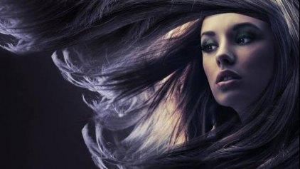 Οι 7 καθημερινές συνήθειες που βλάπτουν τα μαλλιά μας