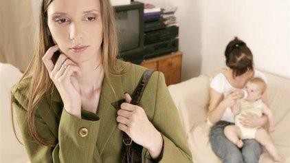 Μαμάδες και ενοχές για την επιστροφή στην εργασία