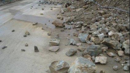 Μικροκατολισθήσεις λόγω βροχής- Προσοχή στην κυκλοφορία