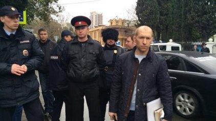 Συνέλαβαν πάλι τις δύο Pussy Riot στο Σότσι