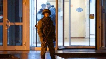Η Ρωσία παίρνει τον έλεγχο της Κριμαίας