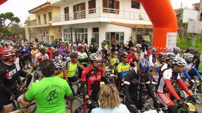 Ποδηλατοδρομία διαμαρτυρίας για τα χημικά στη Μεσόγειο