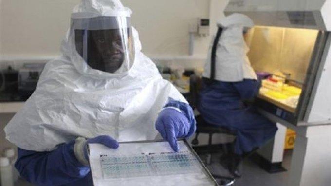 Ανεξέλεγκτος ο Έμπολα