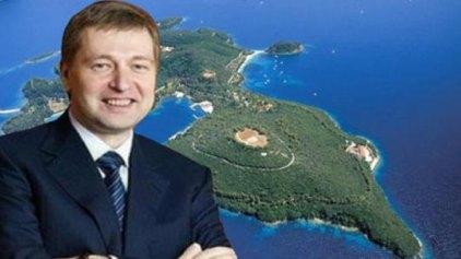 Ντμίτρι Ριμπολόβλεφ: Μετά τον Σκορπιό θέλει και το... Σκορπίδι ο Ρώσος μεγιστάνας!