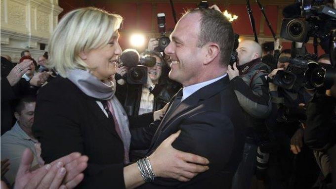 Γαλλία: Ηττα των σοσιαλιστών