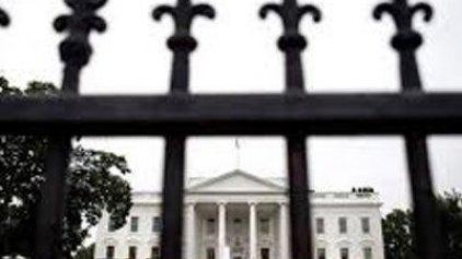 Εισβολέας στο Λευκό Οίκο
