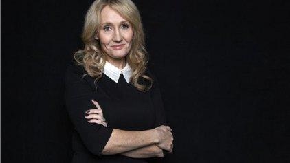 Σκωτσέζοι χαρακτηρίζουν την JK Rowling «πόρνη» και «προδότρα»