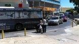 Η διάβαση, το λεωφορείο και το αναπηρικό καροτσάκι
