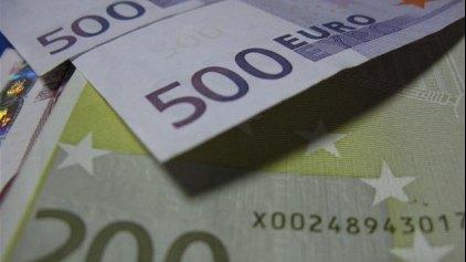 Χρέη 159 δισ. «πνίγουν» την οικονομία