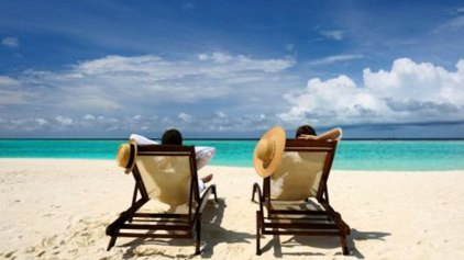 Kάνουν οι Έλληνες τις μεγαλύτερες καλοκαιρινές διακοπές στην Ευρώπη;