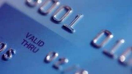 Η Ιταλία προωθεί τις πληρωμές με κάρτα